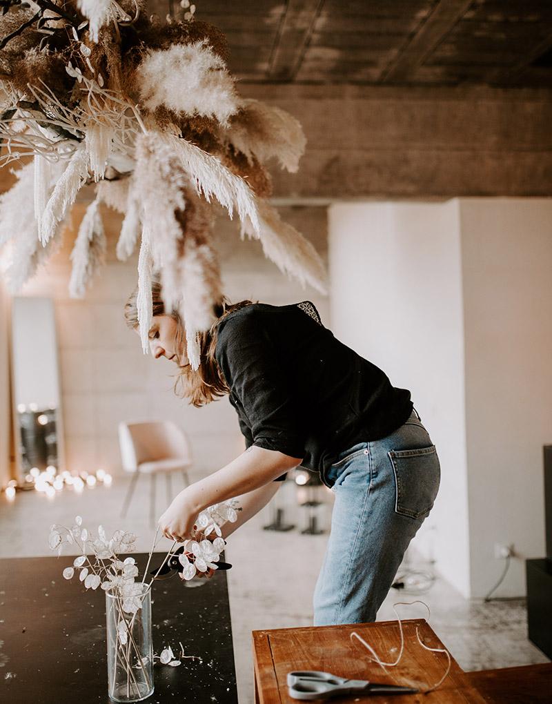 Miss Acacia, artisan fleuriste, crée vos décors avec passion et savoir faire