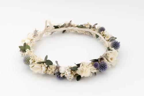 Miss Acacia - Couronne de fleurs stabilisées bleu et blanche