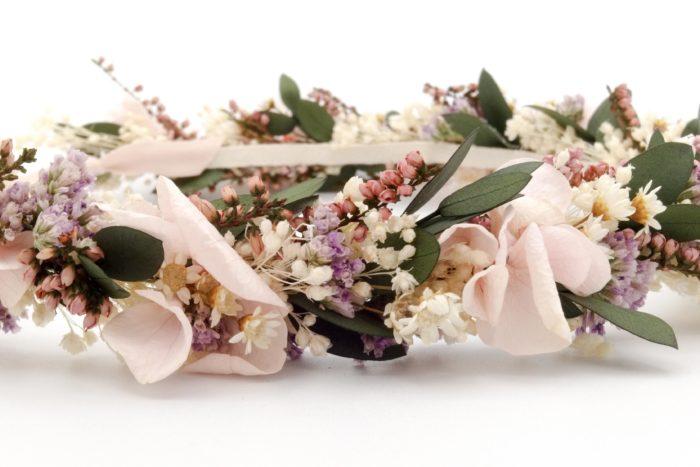 Miss Acacia - Couronne Rosée en fleurs séchées et stabilisées