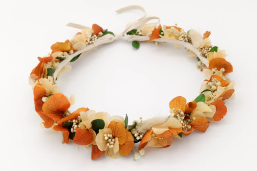 Miss Acacia - Couronne en fleurs stabilisées orange, pêche et vert